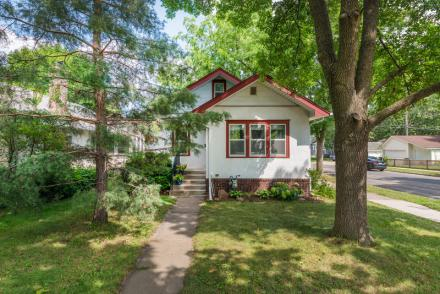 4055 24th Avenue South Minneapolis 55406