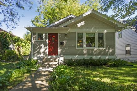 4549 32nd Avenue South Minneapolis  55406